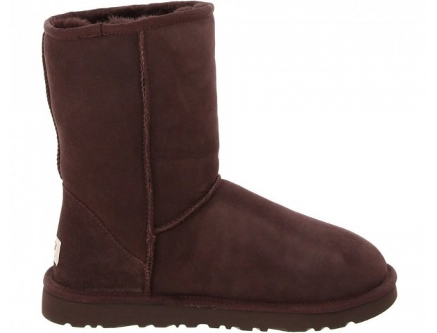 UGG CLASSIC SHORT BOOT CHOCOLATE