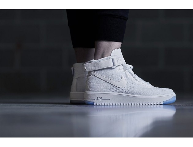 Кроссовки Nike Air Force 1 Ultra Flyknit Mid White