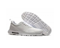 Кроссовки Nike Air Max Tavas SE Triple White