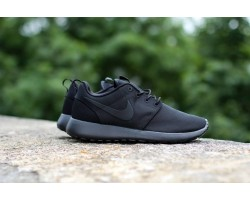 Кроссовки Nike Roshe Run Triple Black