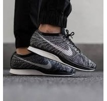 Кроссовки Nike Flyknit Racer Oreo