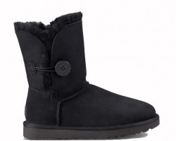 UGG BAILEY BUTTON II BOOT BLACK