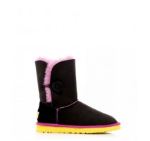 UGG BAILEY BUTTON NOIR BOOT ROSE JAUNE