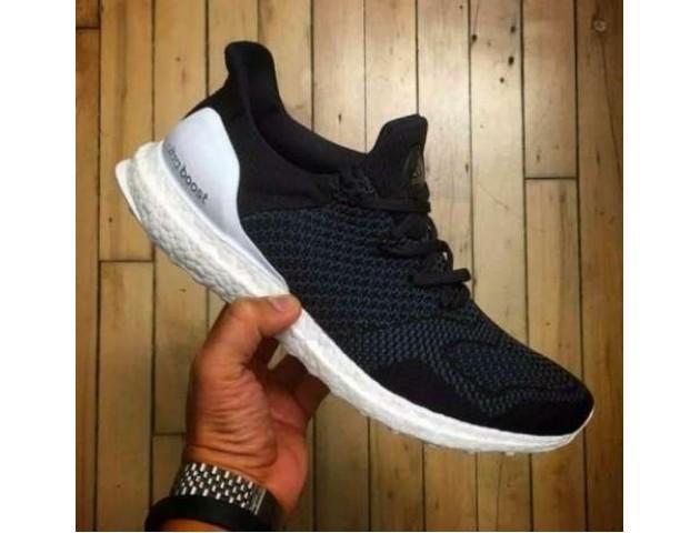 Кроссовки Adidas Ultra Boost x Consortium Hypebeast Ultra Boost Black