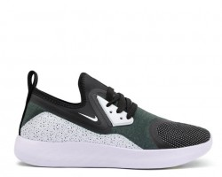 Кроссовки Nike LunarCharge Premium LE Freedom