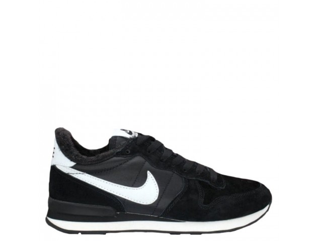 Кроссовки Nike Internationalist Black/White С МЕХОМ