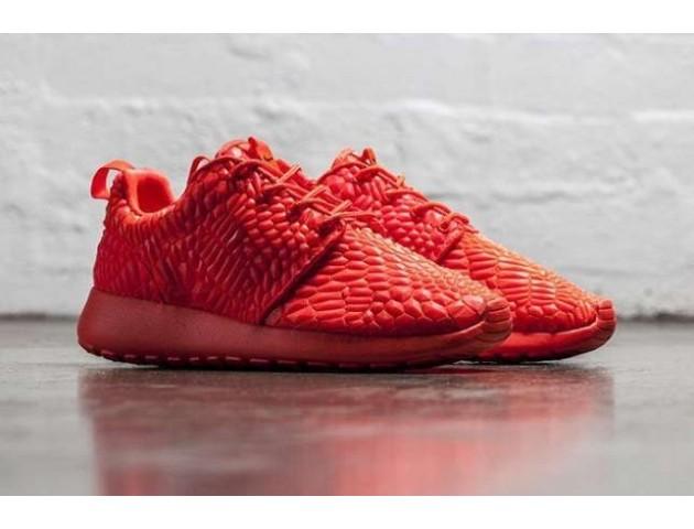 Кроссовки Nike Roshe Run DMB Red