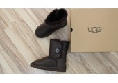 UGG BAILEY BUTTON II BOOT LEATHER BROWN - Фото 2
