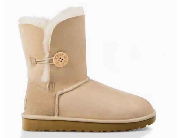 UGG BAILEY BUTTON II BOOT SAND