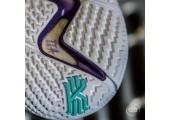 Баскетбольные кроссовки Nike Kyrie 4 Black&White - Фото 3