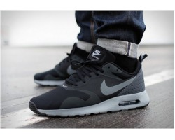 Кроссовки Nike Air Max Tavas Black/Cool Grey