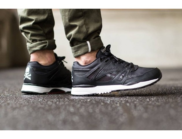 Кроссовки Mastermind Japan x Reebok Ventilator Black