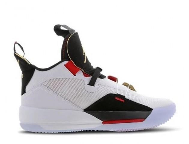 Баскетбольные кроссовки Nike Air Jordan 33 White/Metallic Gold/Black