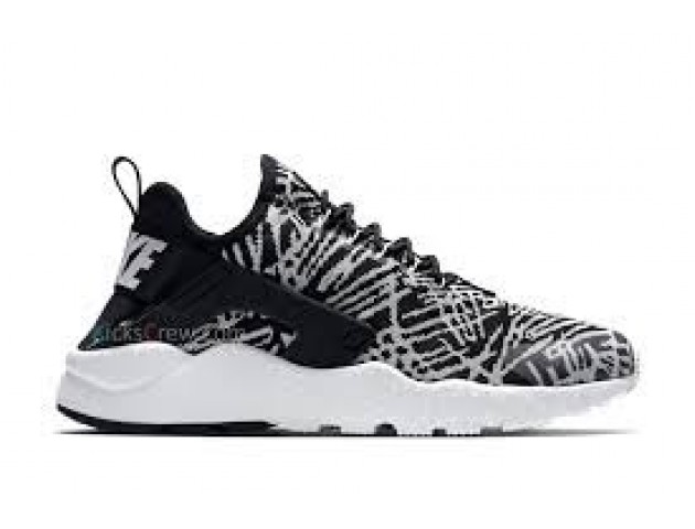 Кроссовки Nike Air Huarache Ultra Perou