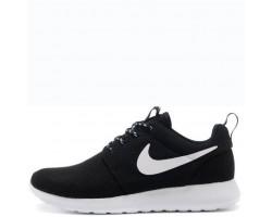 Кроссовки Nike Roshe Run Black/White