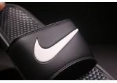 Шлепанцы Nike Benassi Swoosh Black/White - Фото 2