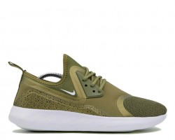 Кроссовки Nike LunarCharge Essential Olive